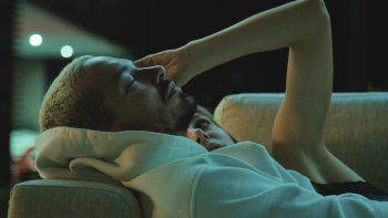 En esta imagen difundida por Amazon, J Balvin en una escena del documental The Boy From Medellin, que se estrenó el 7 de mayo de 2021 en Amazon Prime Video.