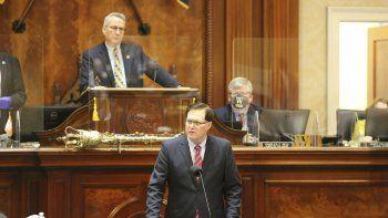 El presidente de la Cámara de Representantes de Carolina del Sur, Jay Lucas, republicano por Hartsville, toma la palabra en la cámara baja el jueves 18 de febrero de 2021 en Columbia, Carolina del Sur.