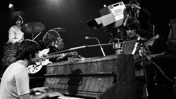 Lanzada el 26 de agosto en Estados Unidos y cuatro días después en el Reino Unido, la historia de esta canción de McCartney está íntimamente ligada a la vida personal de John Lennon.