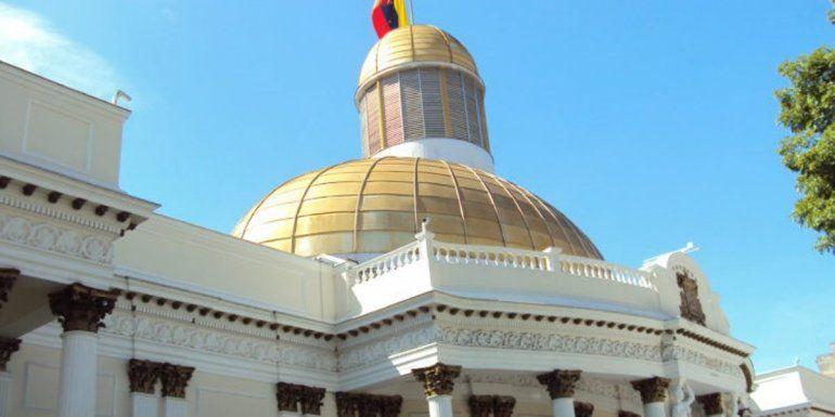 CNE: avanza instalación de mesas electorales para comicios