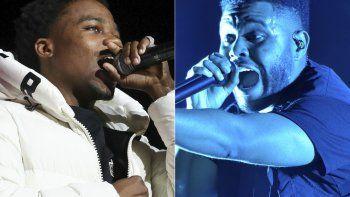 Roddy Ricch, a la izquierda, actúa en la 7ma BET Experience anual en Los Angeles el 21 de junio de 2019, y The Weeknd canta en Lollapalooza en Chicago el 4 de agosto de 2018.