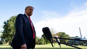 El presidente de Estados Unidos Donald Trump, en declaraciones a los medios de comunicación antesde emprender un acto de campaña en Carolina del Norte.