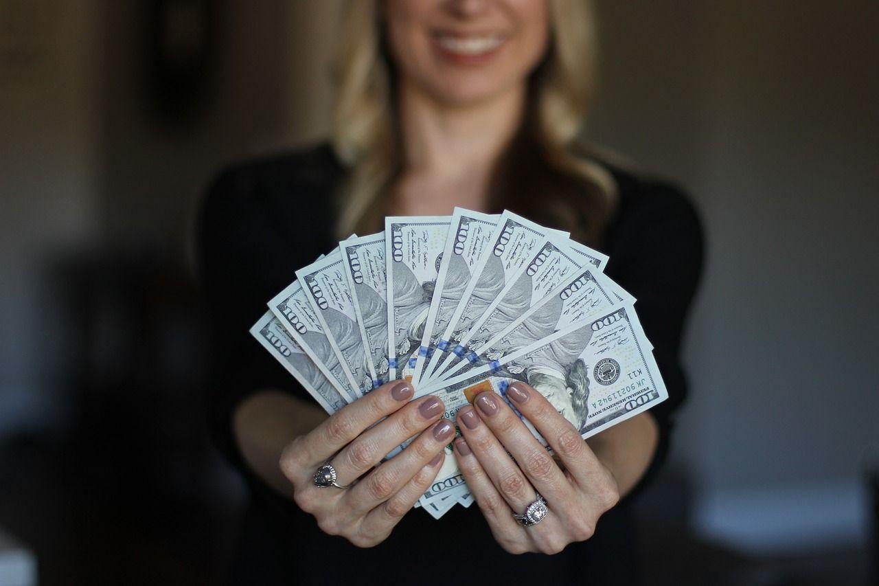Comienza la cuenta regresiva: salario en Florida rumbo a 15 dólares la hora.