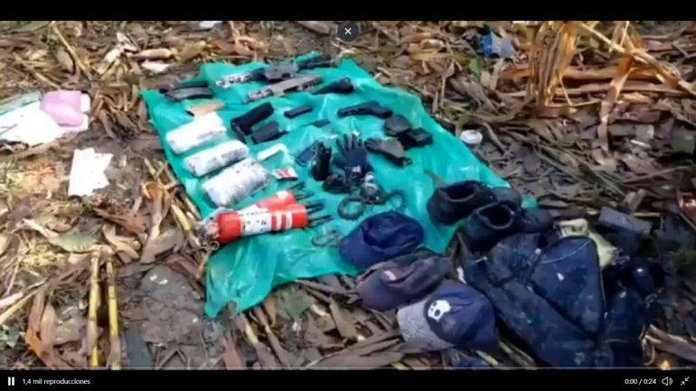 Imágenes difundidas por la Ejército muestran los restos del avión en una zona de cultivos de maíz
