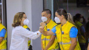 Médicos españoles voluntarios de la Fundación SAMU se encuentran en El Salvador para ayudar a los médicos de ese país. También participan médicosde Argentina, Portugal y Costa Rica.