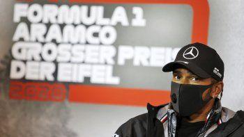 El piloto de Mercedes Lewis Hamilton durante una rueda de prensa previo al Gran Premio de Eifel en el circuito de Nuerburgring, Alemania, el jueves 8 de octubre de 2020