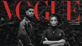 En esta imagen proporcionada el jueves 6 de agosto de 2020 por la revista Vogue de Gran Bretaña, la portada del número de Septiembre 2020 dedicada al activismo con dos activistas negros producida por un grupo predominantemente negro.