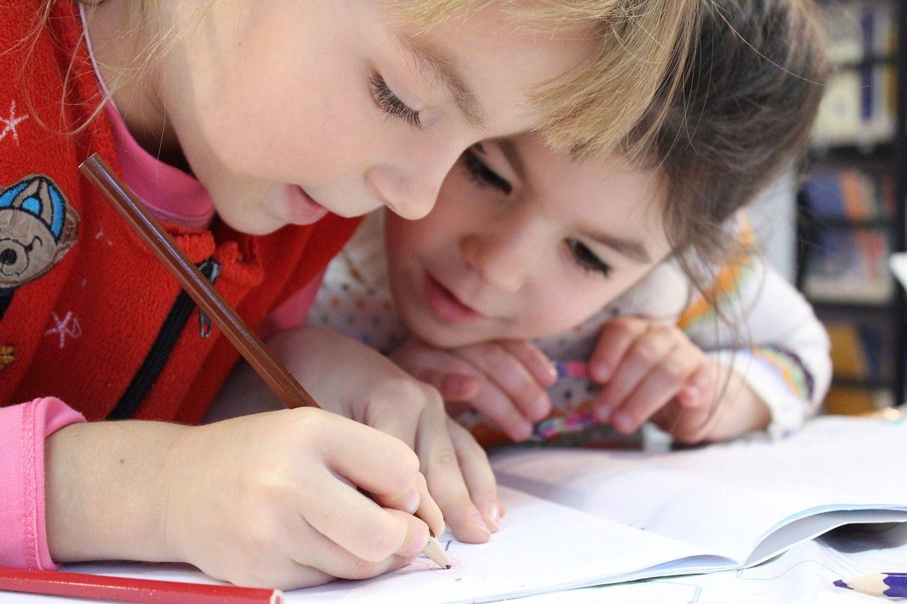 Solo la mitad de los niños estadounidenses de 3 y 4 años asiste a la escuela