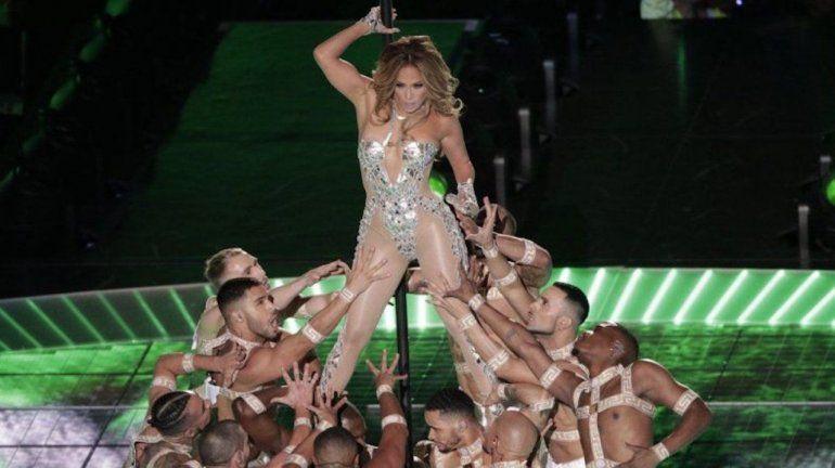 Jennifer López durante su presentación en el espectáculo de medio tiempo del Super Bowl 54 de la NFL entre los 49ers de San Francisco y los Chiefs de Kansas City el domingo 2 de febrero de 2020 en Miami Gardens