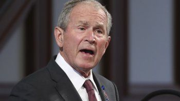 El expresidente estadounidense George W. Bush habla en el funeral del legislador demócrata John Lewis en la Iglesia Bautista Ebenezer en Atlanta, el 30 de julio de 2020 .