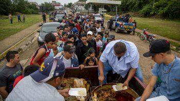 la Organización Internacional para las Migraciones (OIM), la Agencia de la ONU para los Refugiados (ACNUR) y el Fondo de Naciones Unidas para la Infancia (UNICEF) se encargarán de dar apoyo técnico y financiero al gobierno para elaborar e implementar la política migratoria y generar protocolos de actuación.