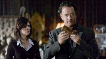 El símbolo perdido fue el tercer libro de la serie Robert Langdon, después de Ángeles y demonios y El Código Da Vinci. Esos dos tomos fueron adaptados previamente en la gran pantalla en dos películas protagonizadas por Tom Hanks.