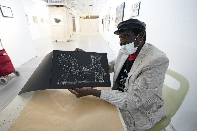 El artista conocido como Sir Shadow