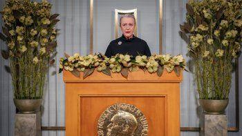 La presidenta del Comité Nobel, Berit Reiss-Andersen, habla en el Instituto Nobel durante la ceremonia digital de entrega del Premio de la Paz al Programa Mundial de Alimentos, en Oslo, Noruega, jueves 10 de diciembre de 2020.