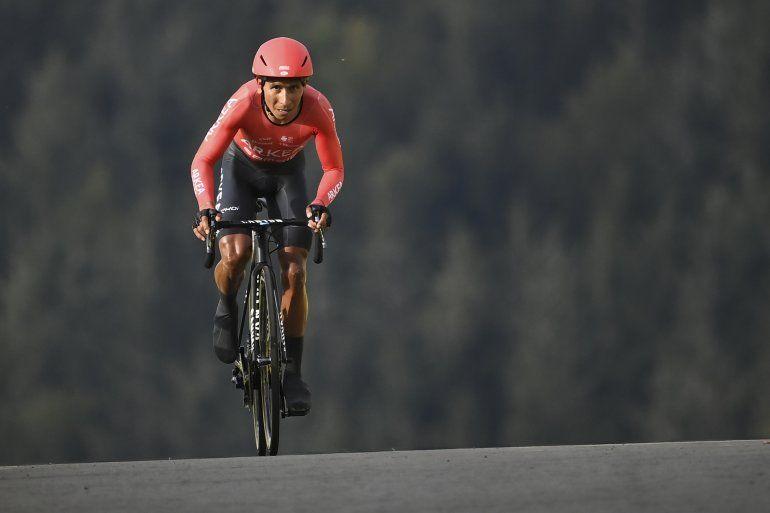 El colombiano Nairo Quintana participa en la vigésima etapa del Tour de Francia
