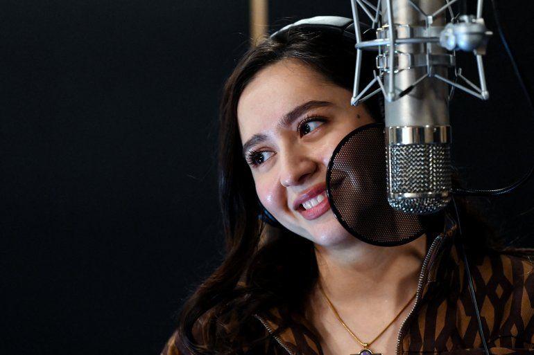La cantante Manizha (Manizha Sangin)