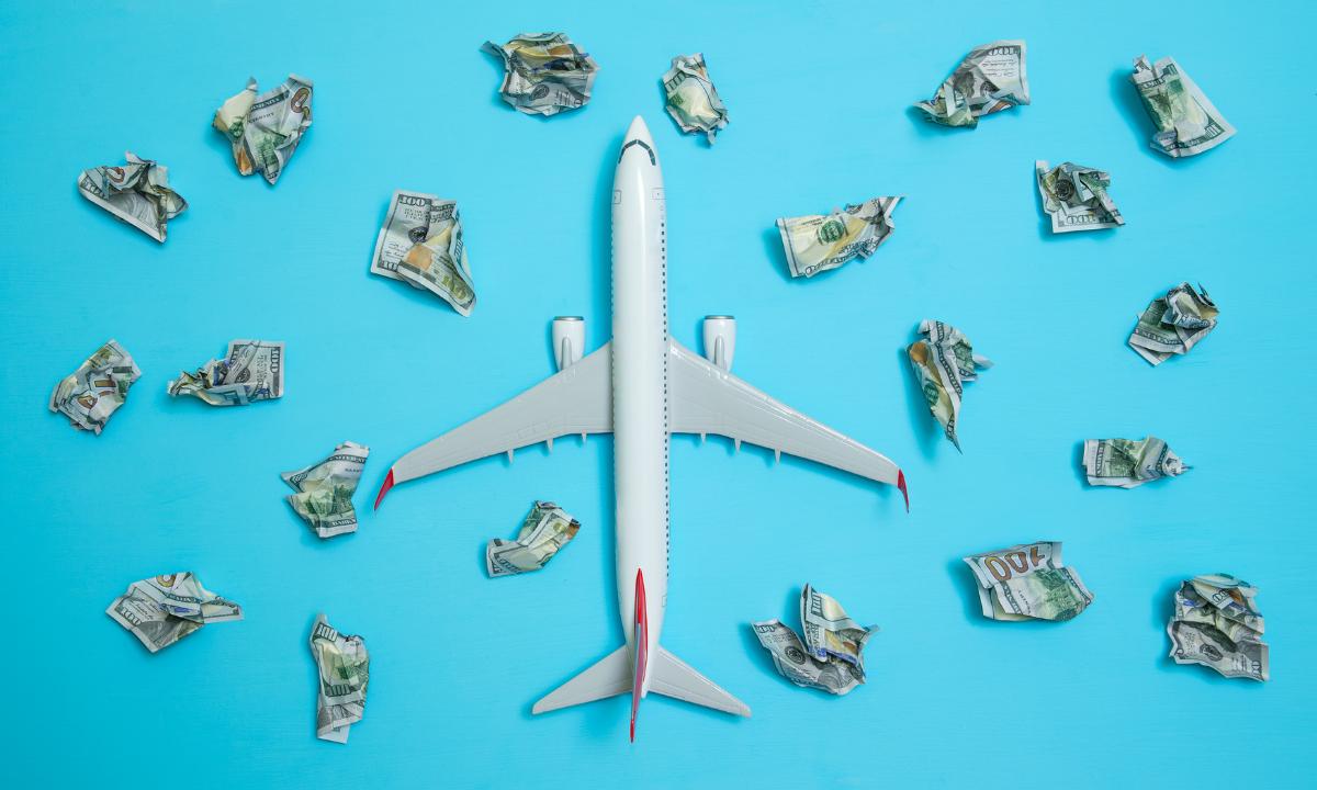 El calvario de viajar a Cuba: pocos vuelos, precios de infarto