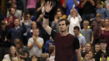 El británico Andy Murray reacciona tras ganar la final del Abierto Europeo contra Stan Wawrinka el domingo, 20 de octubre de 2019, en Amberes, Bélgica.
