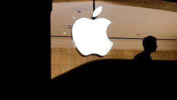 Fotografía de una tienda Apple en Nueva York. La compañía de la manzana se convirtió hoy en la primera empresa estadounidense que alcanza una capitalización bursátil de un billón de dólares.