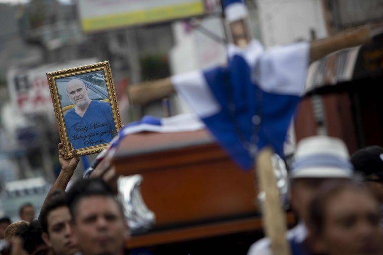 Vista de un retrato del preso político del régimen nicaragüense