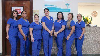 De izquierda a derecha, Dinorah Vichot, Jessie Zamora, Liuva Rodríguez, Kayren Gancedo, Madeline Castillo, Liudmila Figueroa, Yaneisis Zayas.