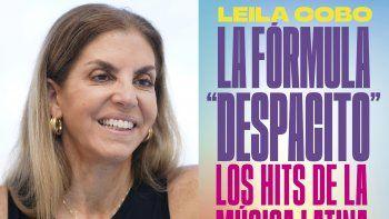En esta combinación de fotos, la periodista colombiana especializada en música latina Leila Cobo habla de su nuevo libro, La fórmula Despacito (Decoding Despacito), en una entrevista en Key Biscayne, Florida, el martes 23 de febrero de 2021, izquierda, y la portada del libro.