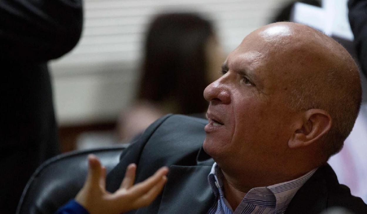 Suspenden extradición del Pollo Carvajal a EEUU