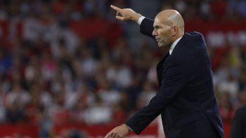 La estadística dice que es solo la segunda derrota de la temporada -tras la del PSG en Champions- pero las sensaciones no son buenas para un Real Madrid que tiene grietas en todos los lados.Courtois encaja un gol cada dos disparos, la defensa mantiene la irregularidad de su técnico y las bajas en el resto de líneas acabaron pasando factura.