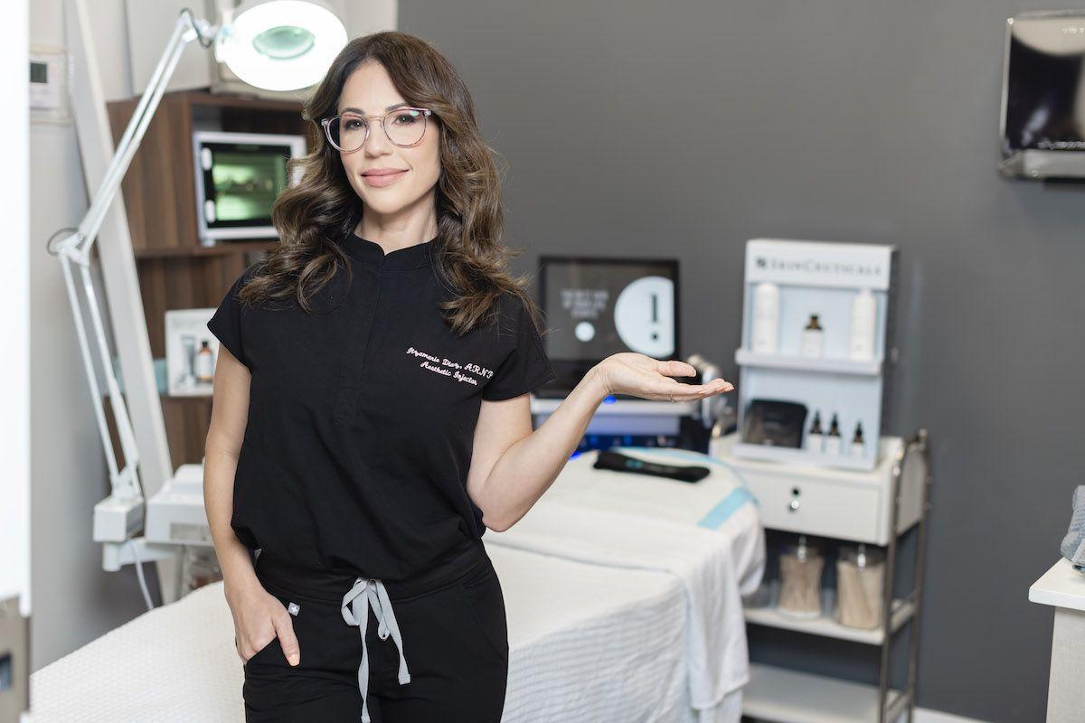 Amanda Goetz, especialista en reemplazo de hormonas del centro médico 4everYoung Aventura.