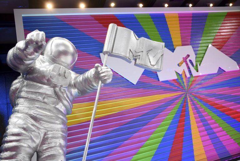 MTV Moon Man aparece en la alfombra roja de los MTV Video Music Awards en el Radio City Music Hall el 20 de agosto de 2018 en Nueva York. Las presentaciones de los próximos premios serán al aire libre por todo Nueva York.